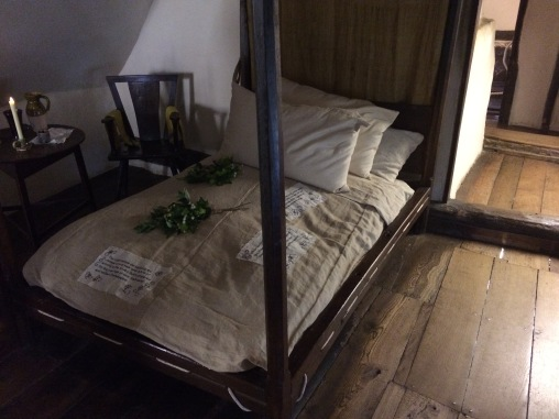 Will and Anne's marriage bed
