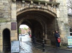 Monk gate