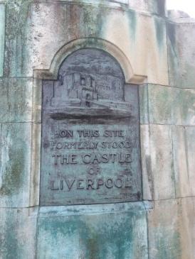 Plaque on Victoria statue