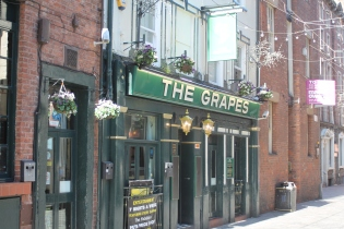 The Grapes (Liverpool)